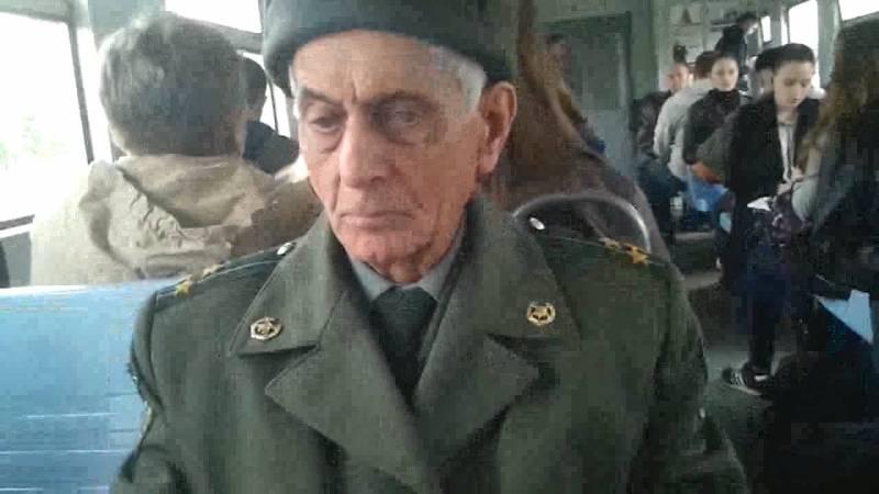 Как и в каком возрасте граждане РФ снимаются с военного учета